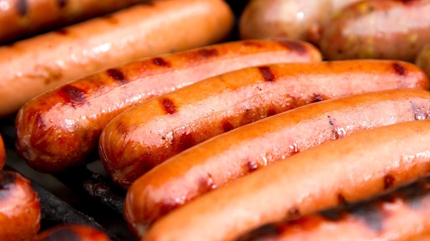 Get free hot dogs and National Hot Dog Day deals Wednesday at 7-Eleven Love's and more – USA TODAY