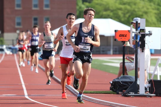 Lawrence senior Josh Janusiak will compete in the 10,000 meters on Thursday at the NCAA Division III Track and Field Championships in Ohio.