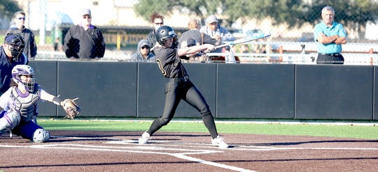San Diego's Kayla Oliveira helped the Texas Lutheran Bulldogs advance to the 2019 NCAA Division III Softball Championship Finals.
