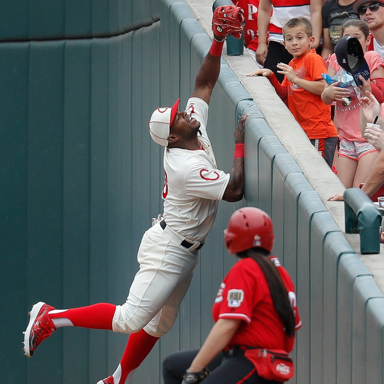 Cincinnati Reds notes: Yasiel Puig hopes to return to lineup Wednesday
