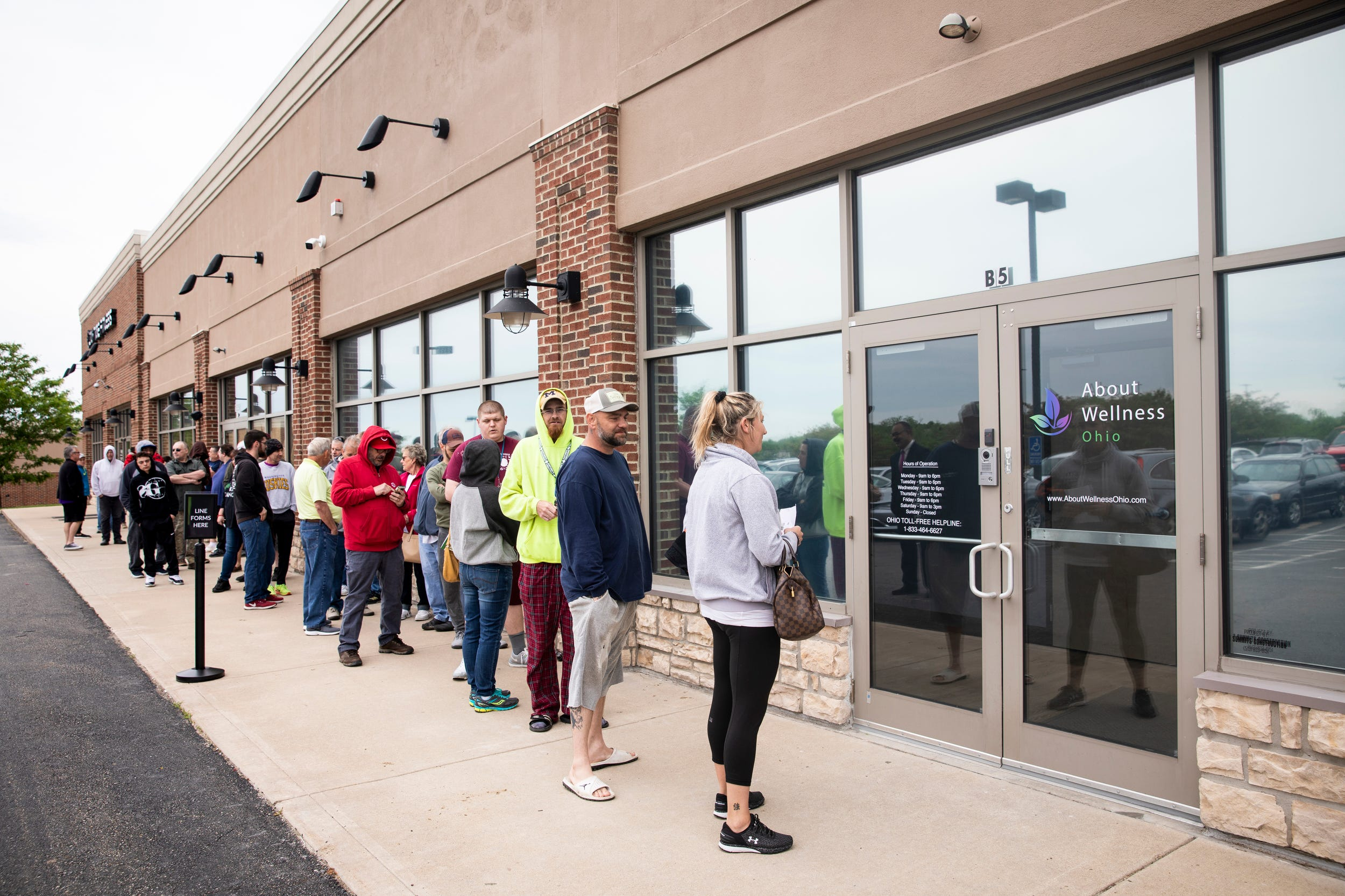 First medical marijuana dispensary in southwest Ohio opens in Lebanon