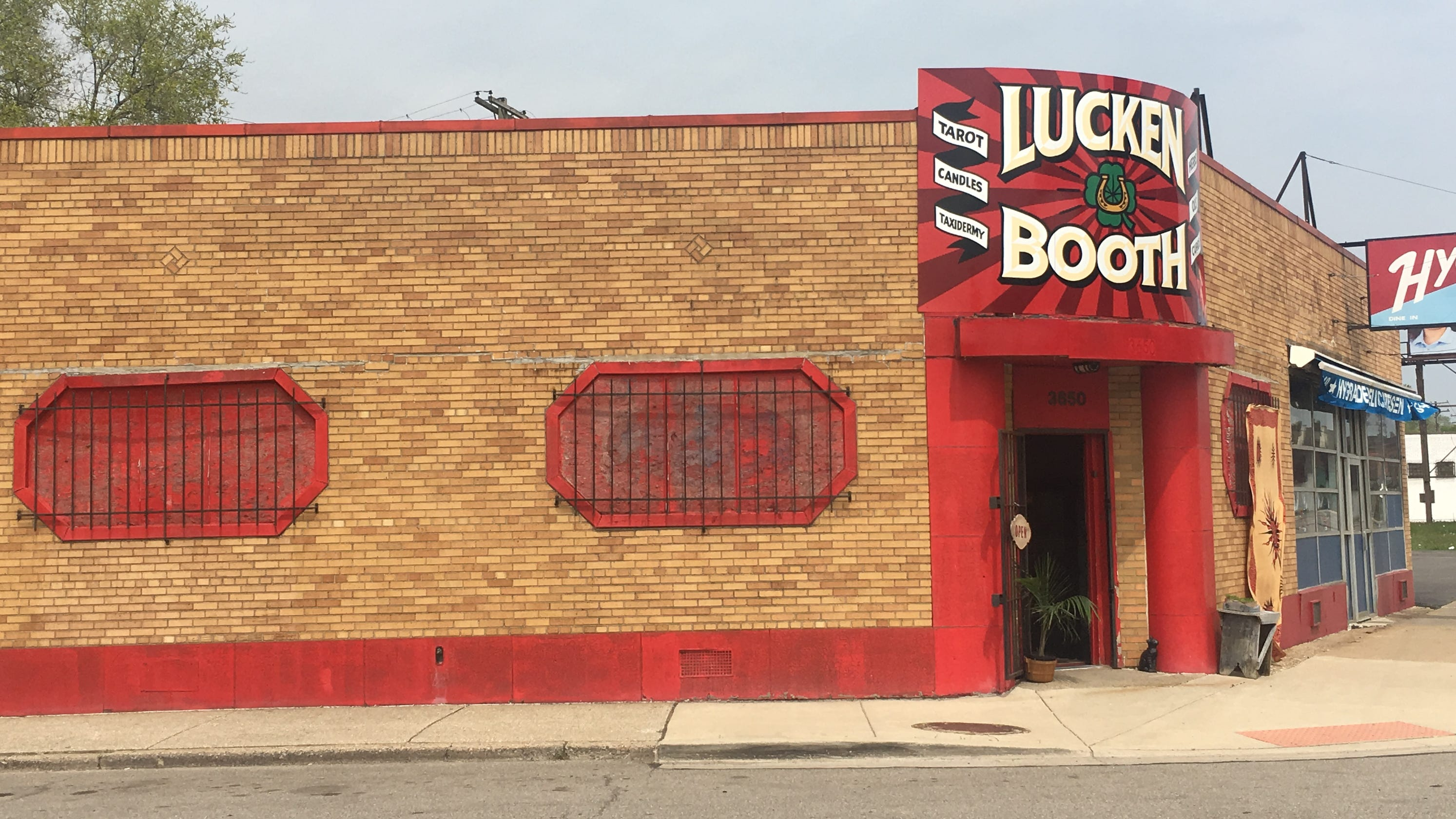 Luckenbooth in Detroit's Corktown has psychic readings, lucky charms