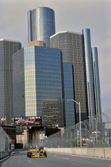 In 1989, CART (the current IndyCar Series) became the featured series racing on the streets of the Motor City.