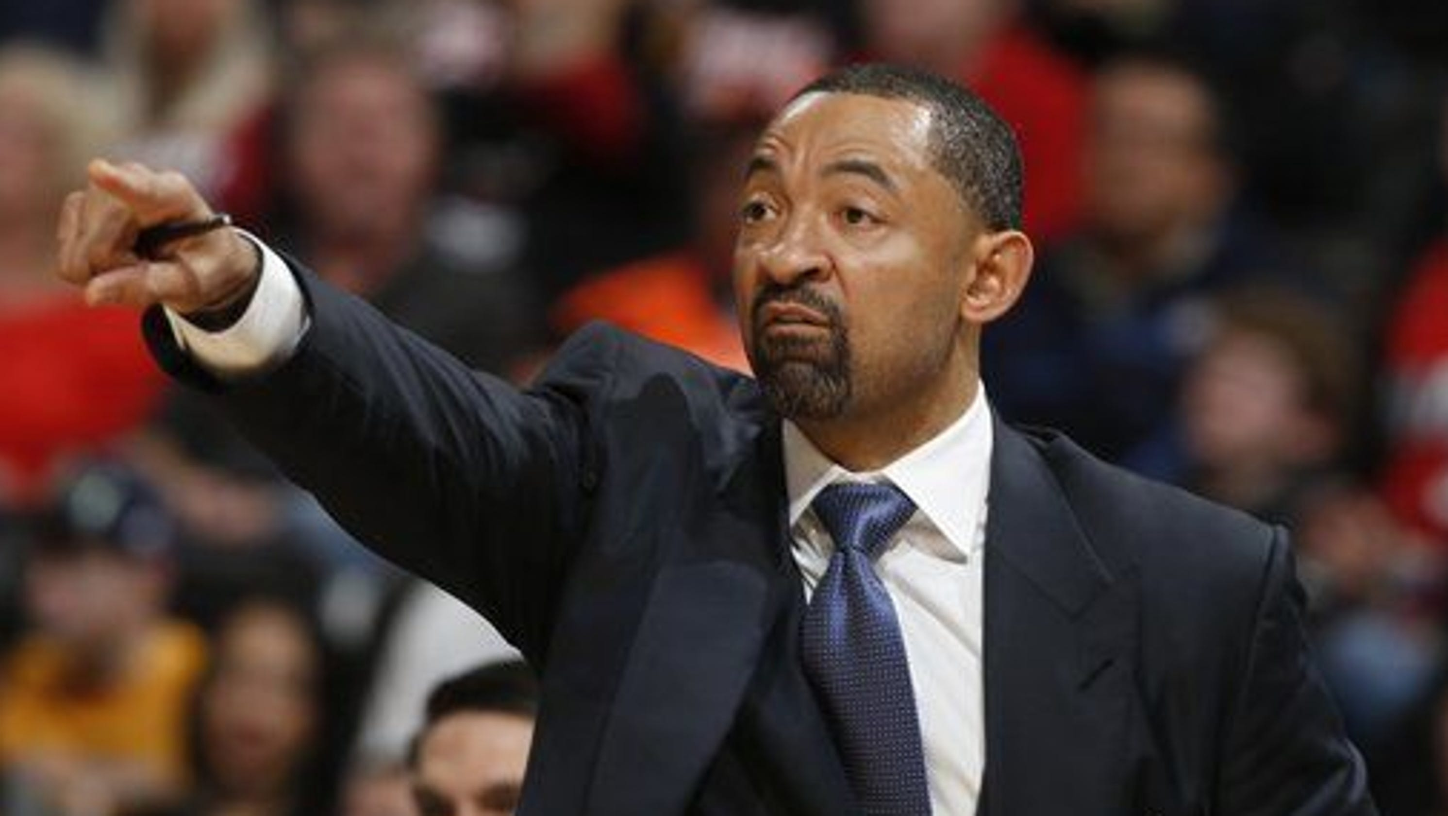 Michigan agrees to deal with former player Juwan Howard to become basketball coach
