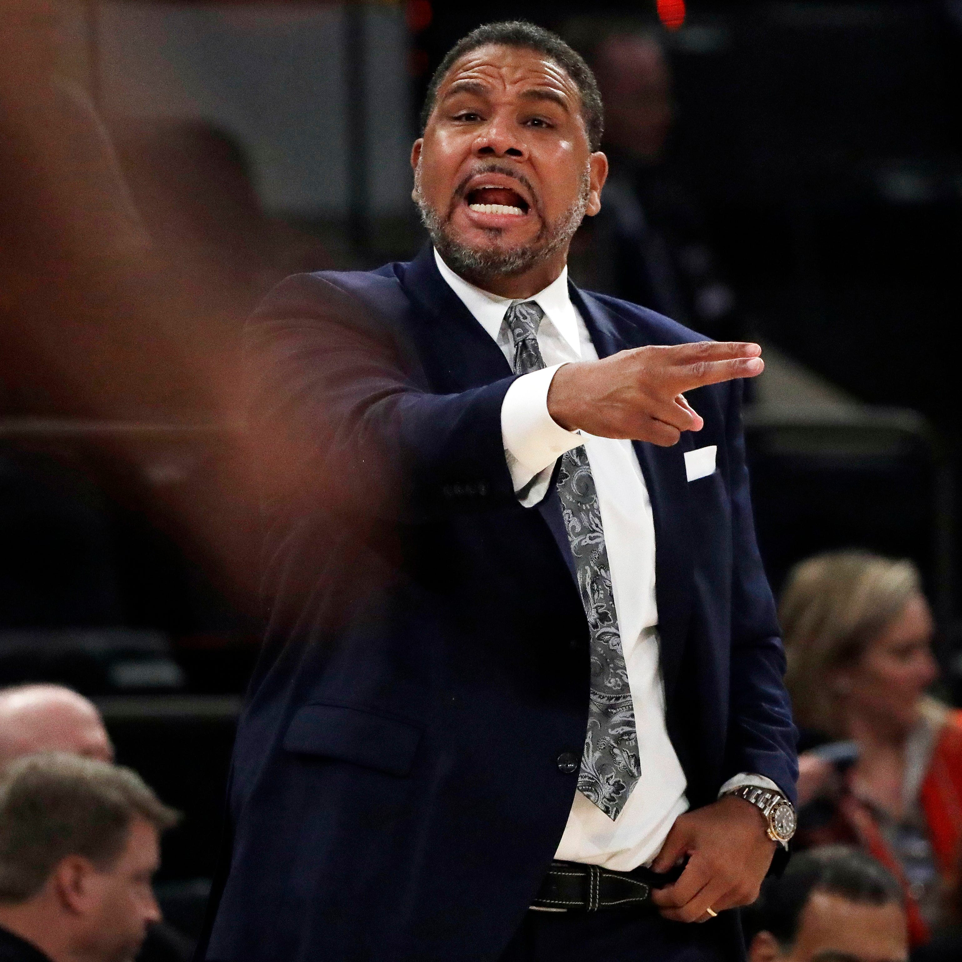 Michigan basketball coaching candidate Ed Cooley to stay at Providence