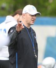 Lions offensive coordinator Darrell Bevell
