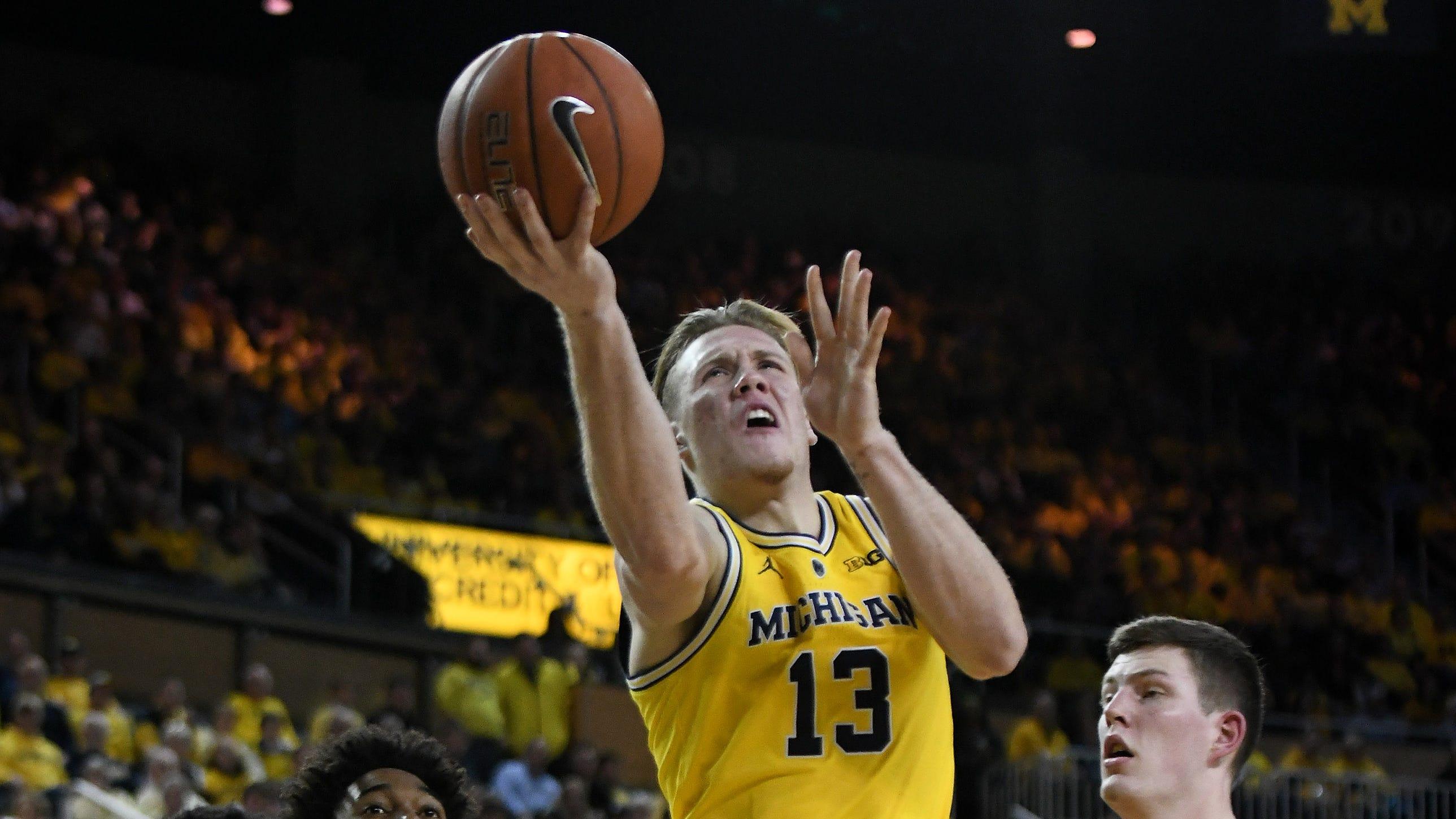 Michigan's Ignas Brazdeikis says he's staying in NBA Draft