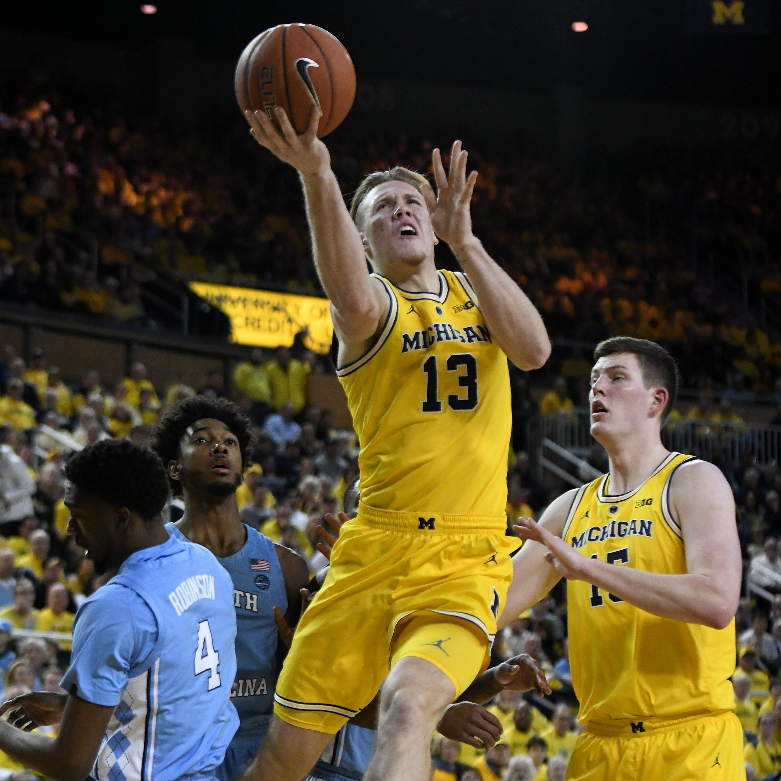 Michigan's Ignas Brazdeikis says he's staying in NBA Draft