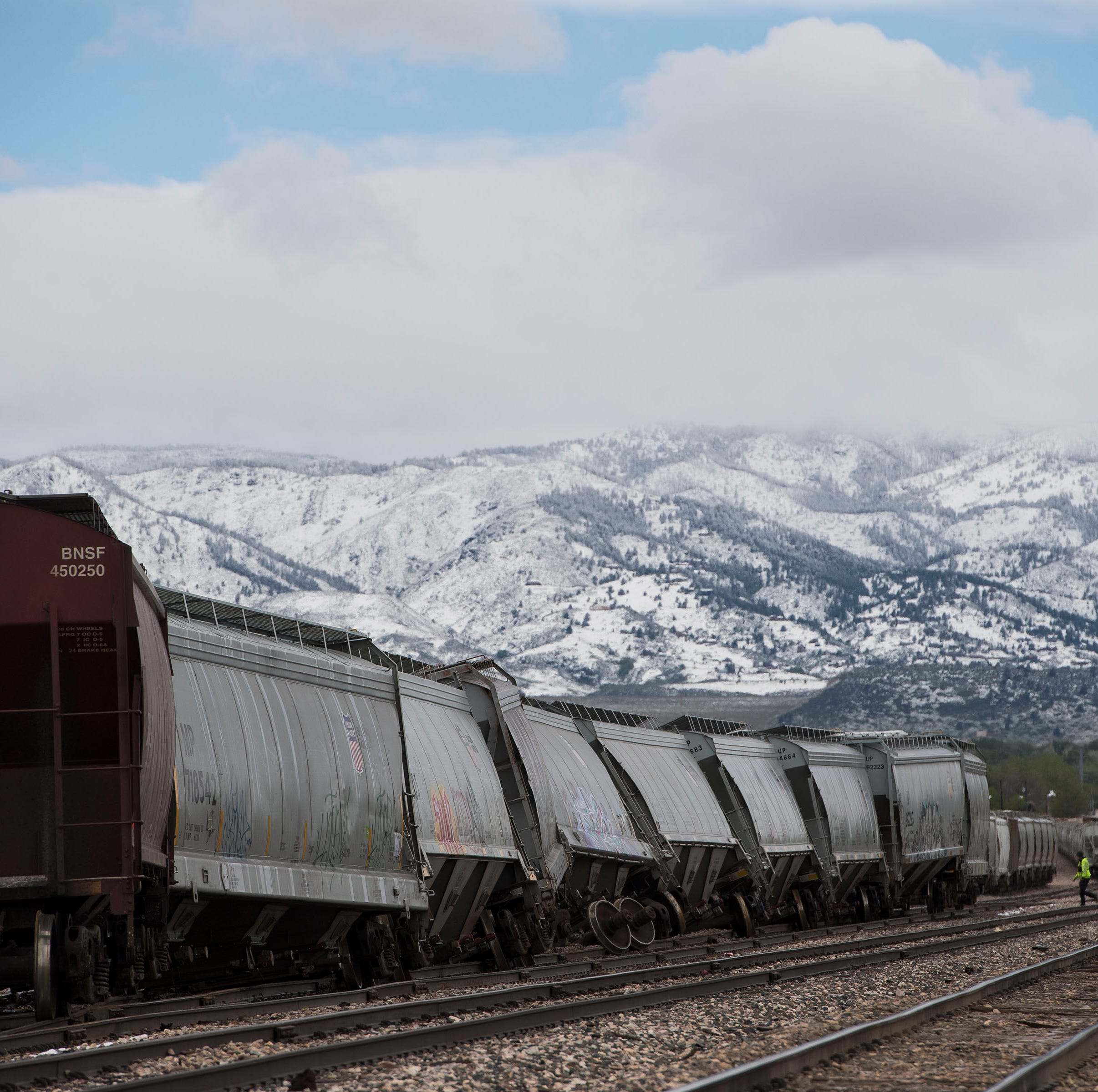 Train derails in north Fort Collins on Tuesday morning