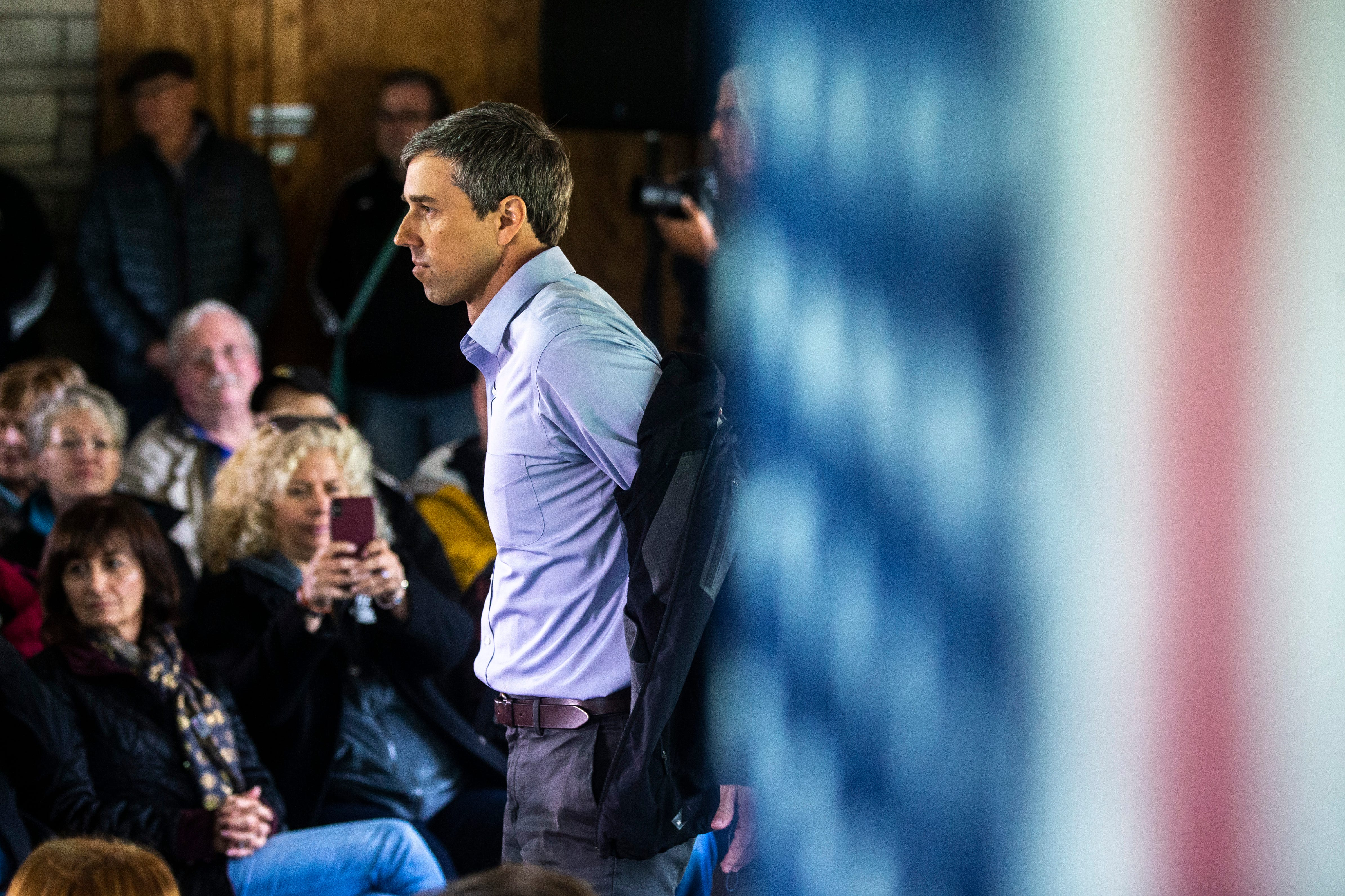 Beto O'Rourke calls for Trump's impeachment, but shies from some activists' rallying cries