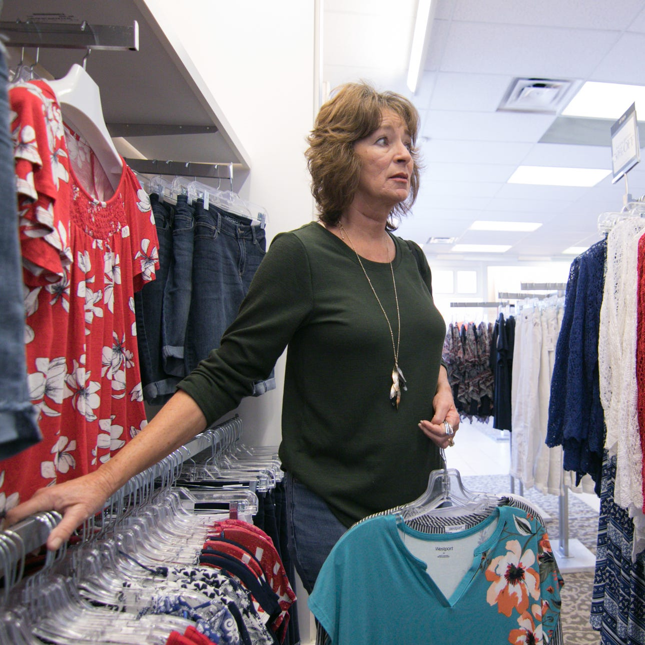 2 national women's clothing store locations to close in Livingston County
