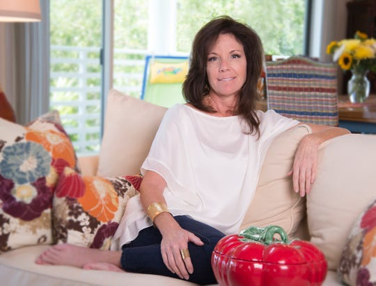 The Marco Island Foundation of the Arts recently announced their 2019 artist of the year, Sherri Morrison.