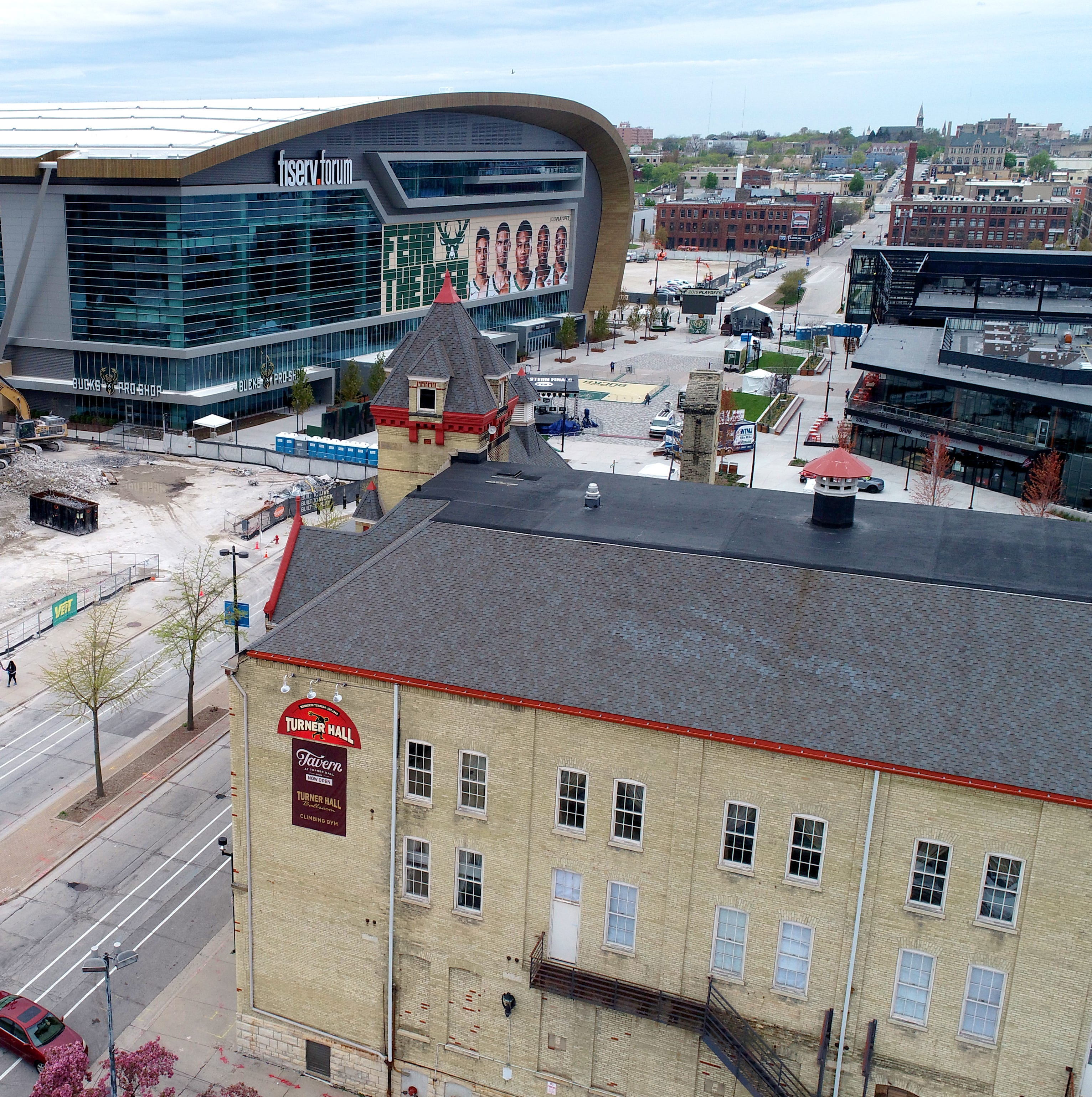 4 fresh takes on Fiserv Forum's design as the Bradley Center comes down and the Bucks' exposure rises