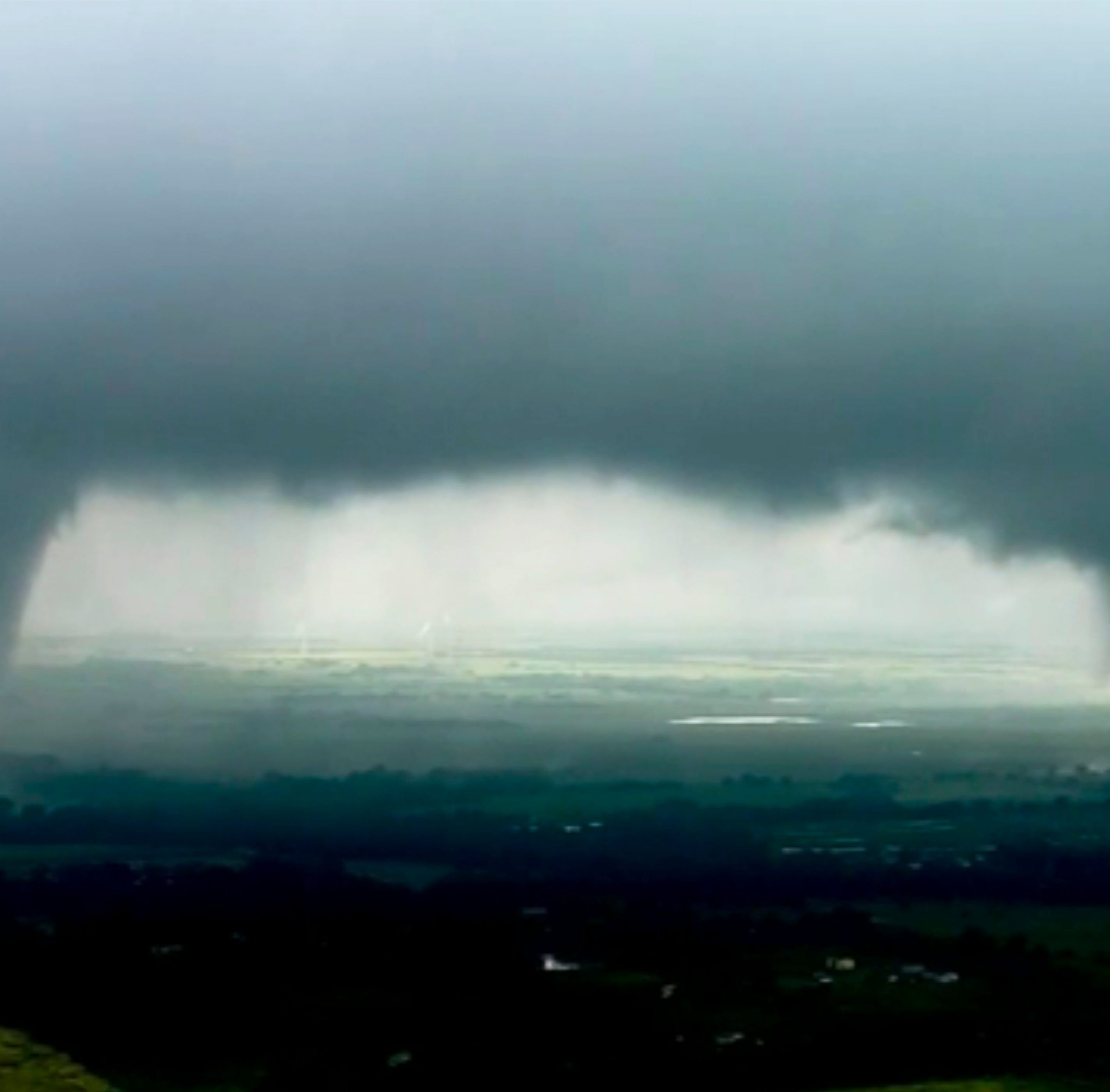 Tornadoes, flooding in Oklahoma weather forecast as storm system moves through midwest