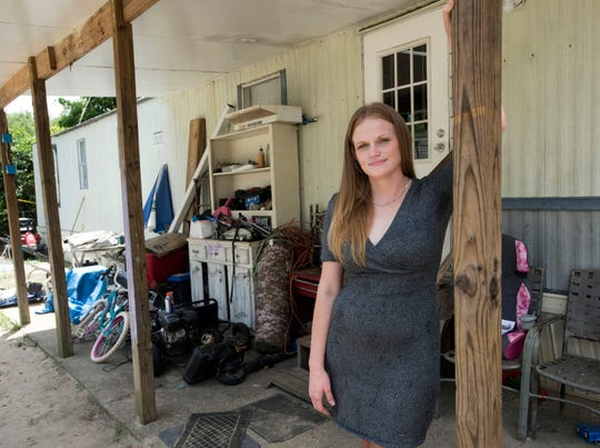 Flamingo Park resident Samantha Smith was told earlier this month that she and her neighbors had 30 days to vacate the mobile home park. But legal experts say that under the Florida Mobile Home Act, the residents should have more time to find new homes.