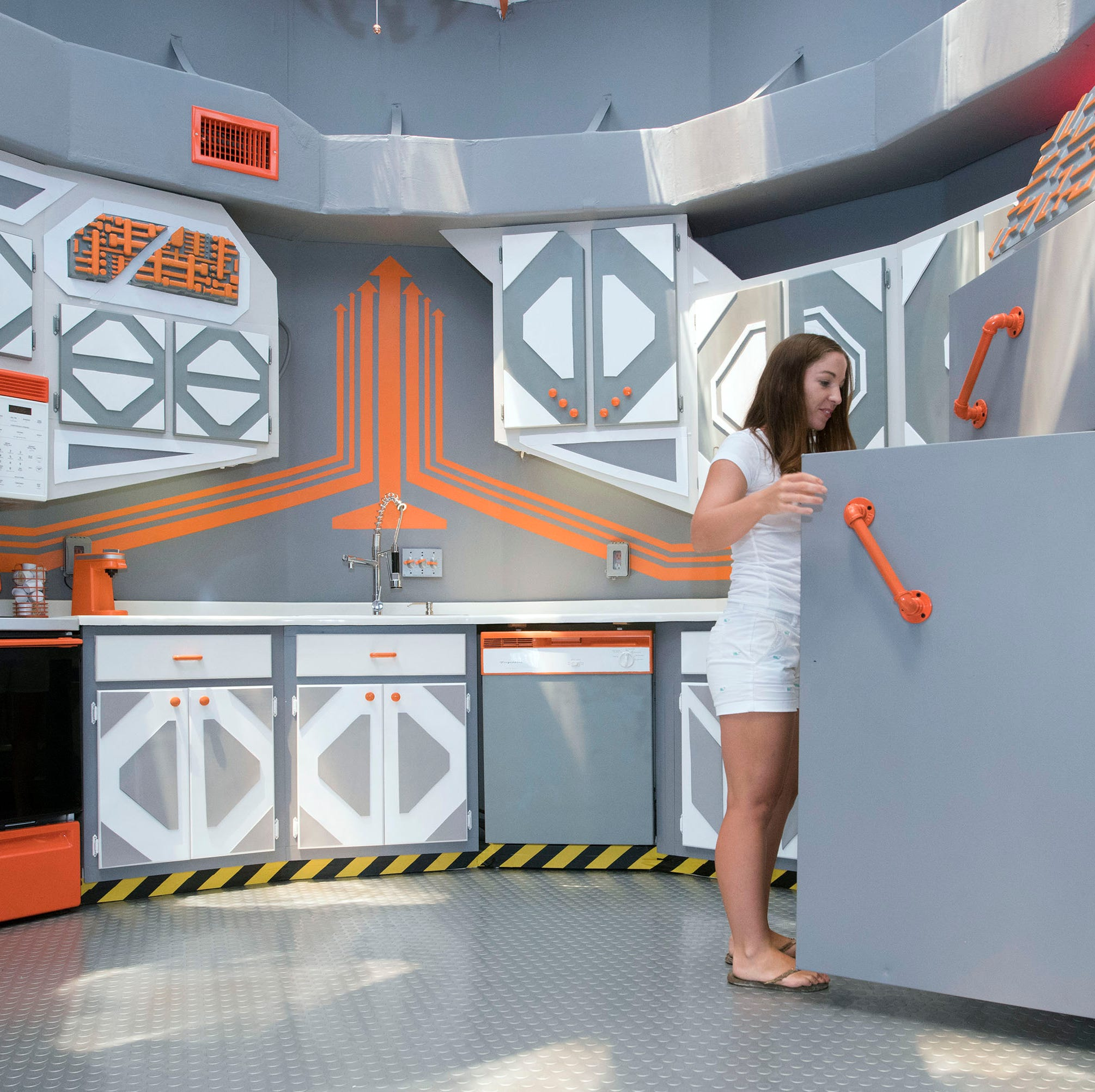 Navarre Area 51: 'Spaceship House' gets galactic makeover — and you can rent it out!