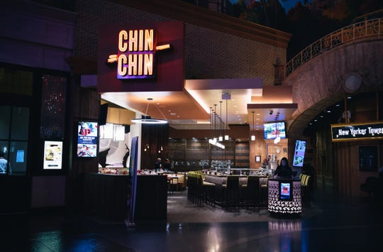 New York New York's Chin Chin offers breakfast and lunch buffets.