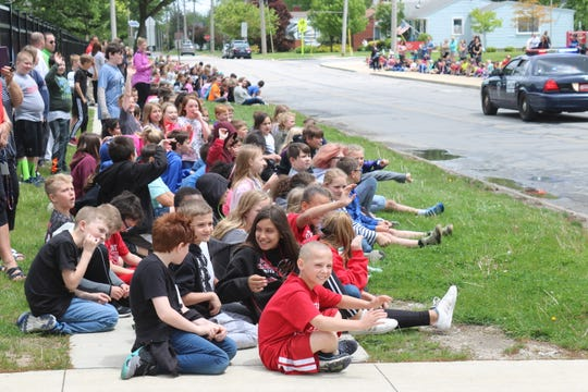Bataan Memorial elementary students celebrated the start of Right to Read Week in a big way with a parade in front of the school.
