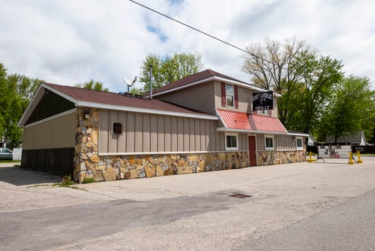 Bugsy's American Grille has opened on Point Tremble Road in Algonac. The restaurant offers family-style dining in an mafia-themed setting.