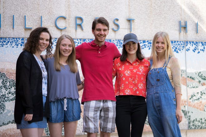 Emily Peebles, Ellen Fountain, Hayden Pyle, Sophia Vaughn and Kaylinn Clotfelter.