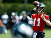 Eagles' Carson Wentz practices 'without limitations,' but Malcolm Jenkins absent