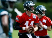 Carson Wentz, Eagles exchanging footballs for softballs for charity game at Phillies' home