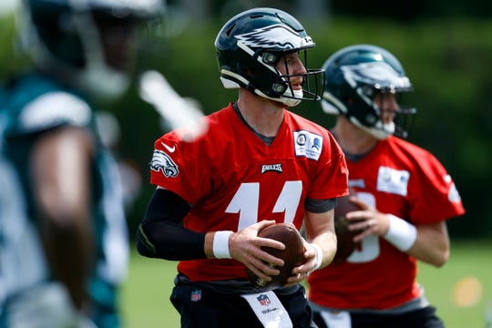 Philadelphia Eagles' Carson Wentz participates in a drill during organized team activities at the NFL football team's practice facility, Tuesday, May 21, 2019, in Philadelphia.