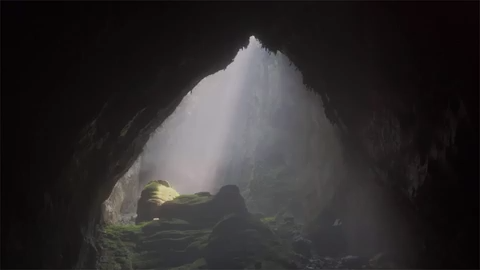 Divers discover world's biggest cave is even bigger than previously thought