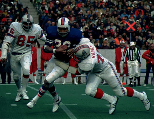 Bills let another player wear O.J. Simpson's No. 32 for first time in 42 years