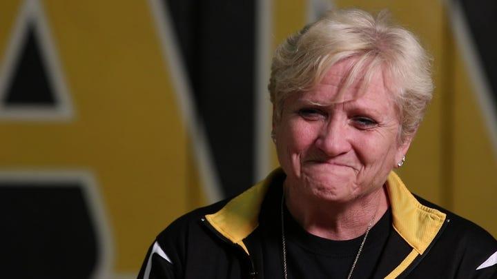 St. John Vianney High School cheerleading coach dies after 40 years in Holmdel school