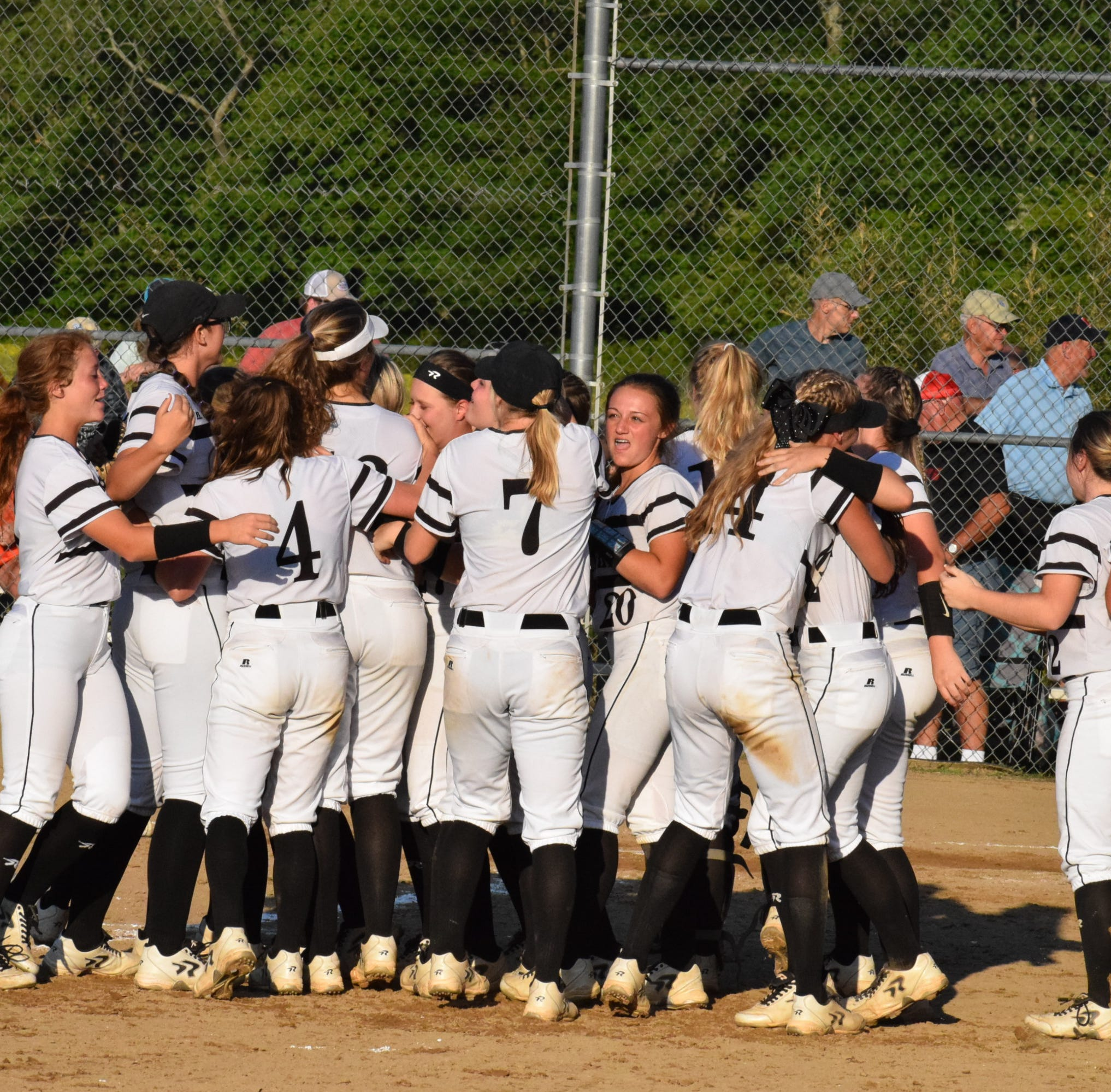 Franklin, Robbinsville fall in Game 1 of regional final