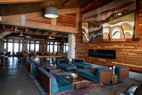 Waves Resort Corpus Christi's restaurant Eats Epicurea.