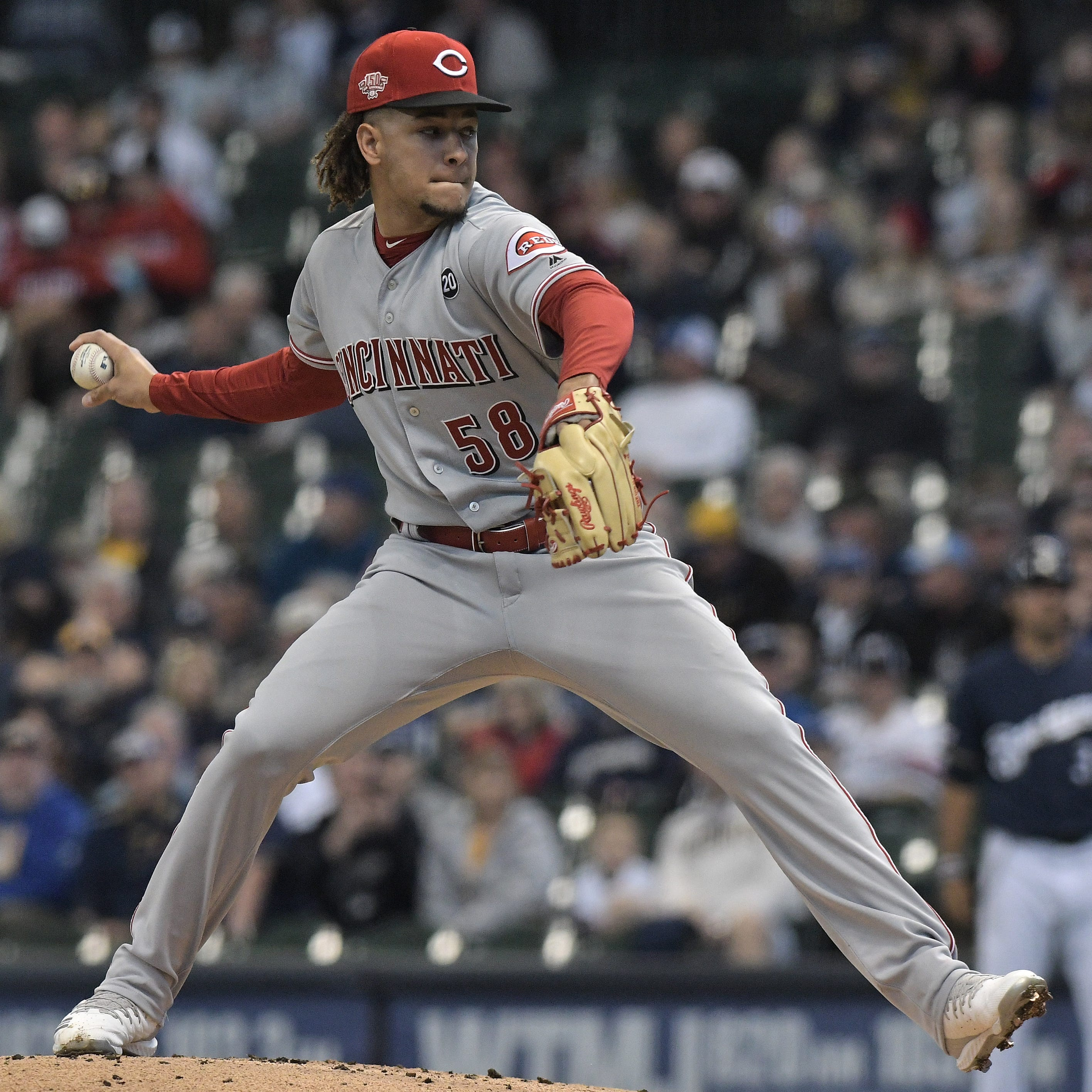 Luis Castillo has worst start of season in an 11-9 Cincinnati Reds loss to the Milwaukee Brewers