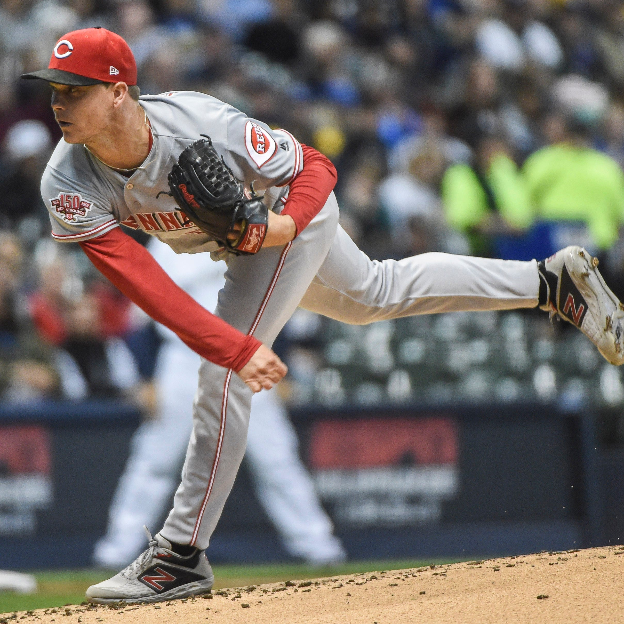 Cincinnati Reds make it three straight vs. NL Central with a 3-0 win over the Milwaukee Brewers