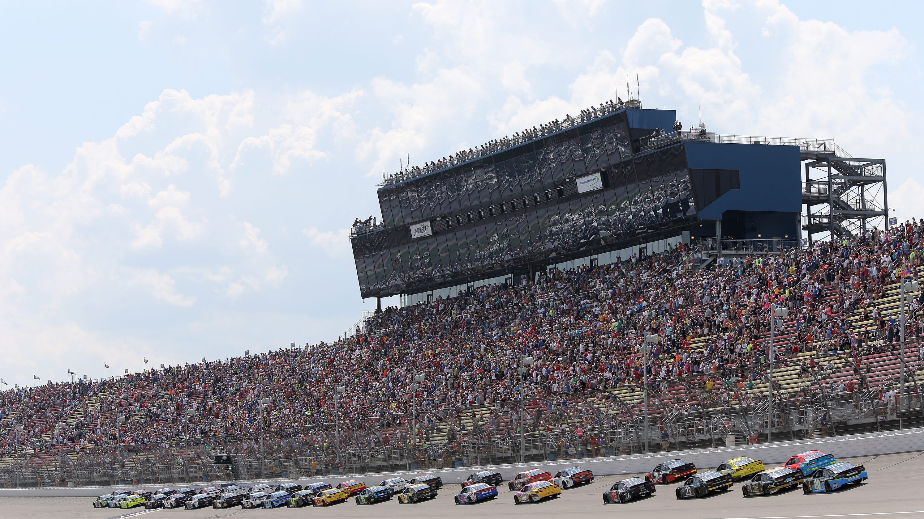NASCAR strikes $2B deal with ISC for tracks, including Michigan International Speedway