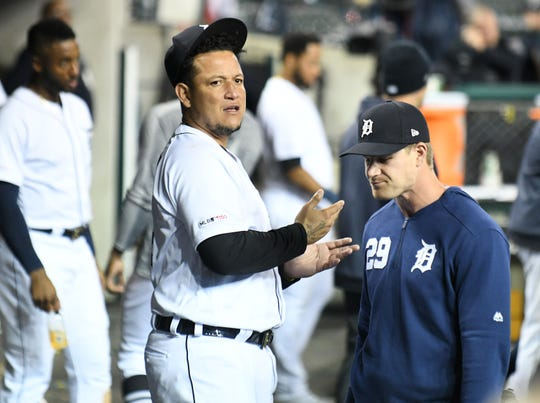 Doctors recommend Tigers' Miguel Cabrera no longer play first base as he deals with chronic pain in his right knee.