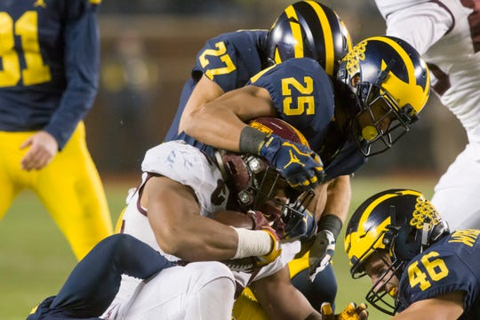 Former Michigan defensive back Benjamin St-Juste is transferring to Minnesota.
