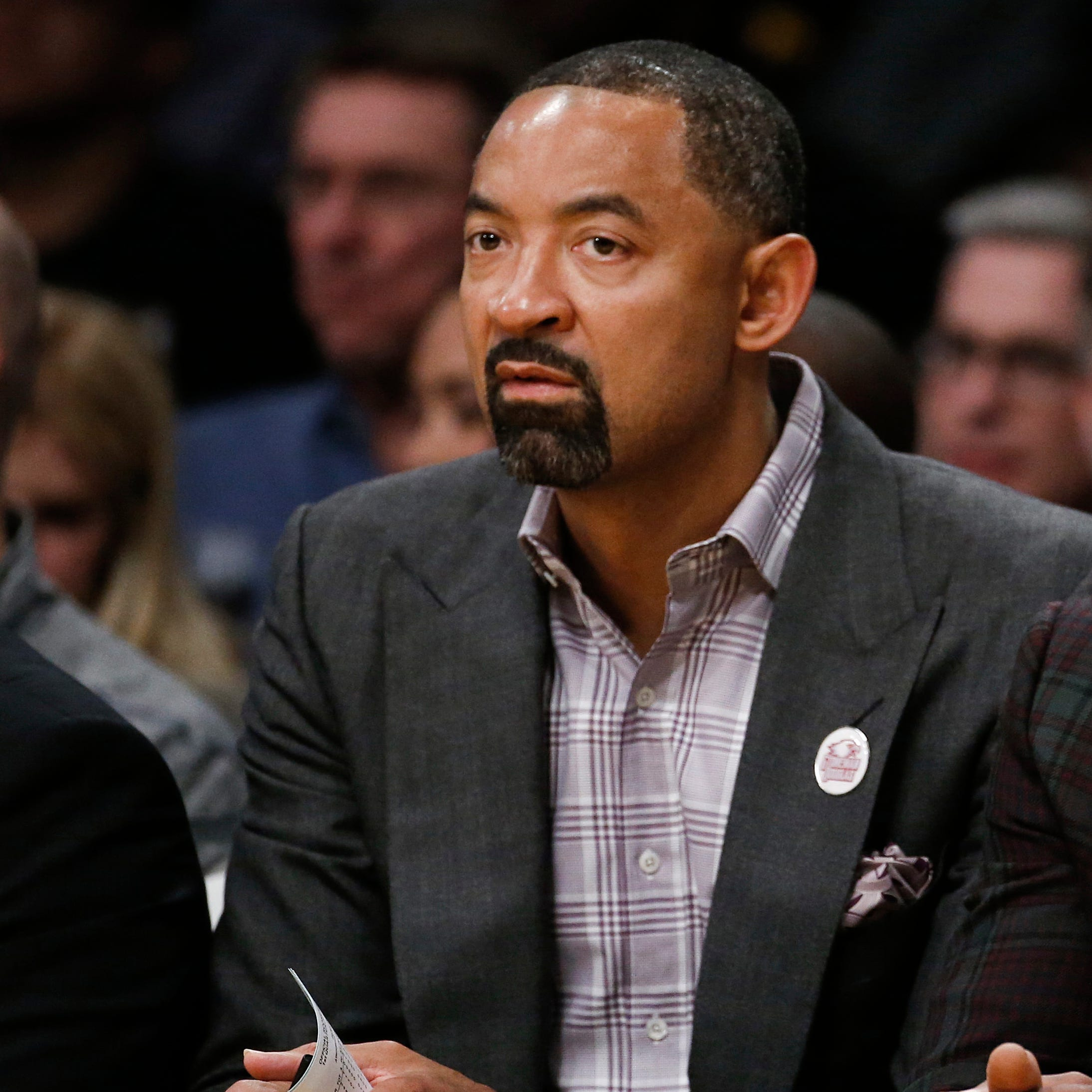 Deal for Michigan to hire Juwan Howard has not been finalized