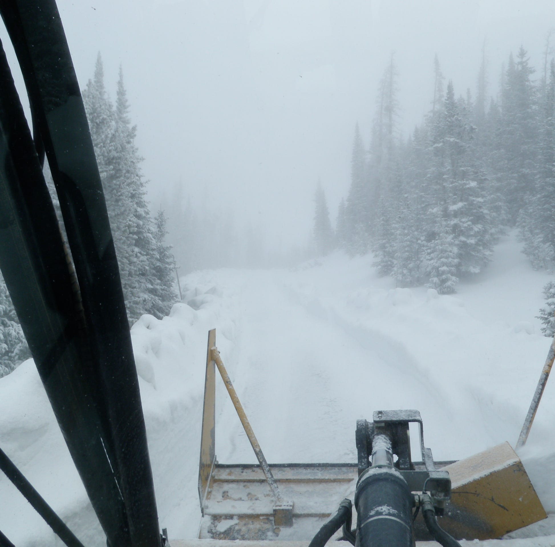 Snow delays Rocky Mountain National Park from opening Trail Ridge Road