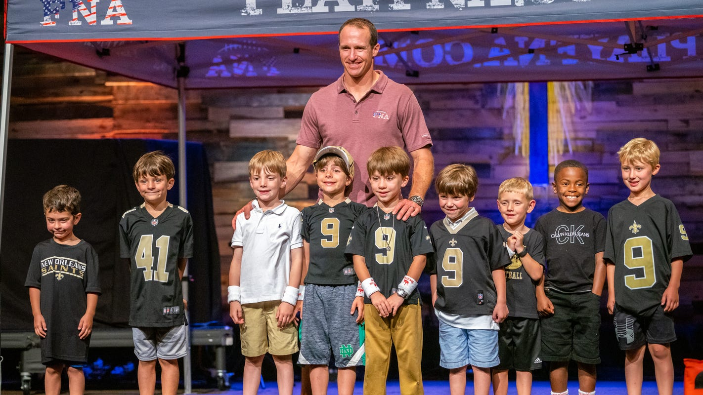 Drew Brees Brings Fna Flag Football To Youngsville Lafayette