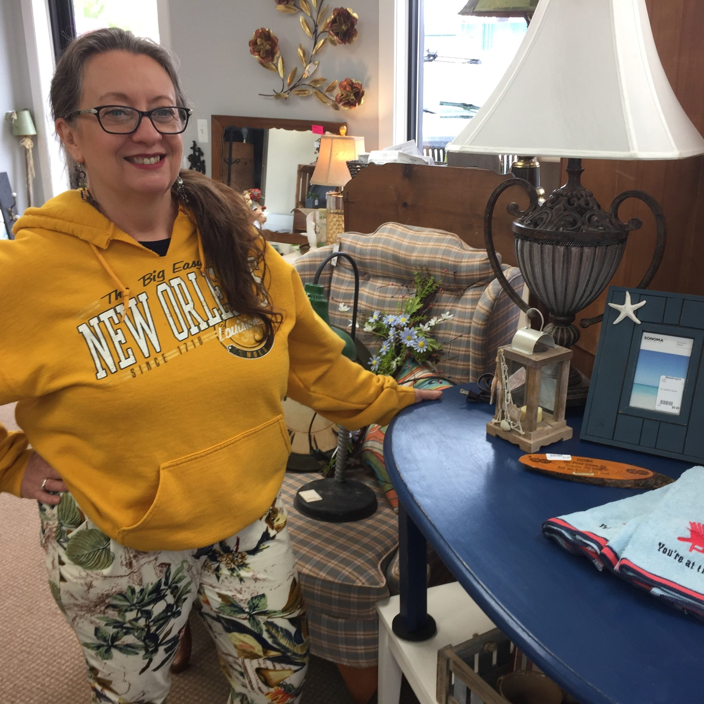 Consignment shop filled with local treasures, art moves to Howell