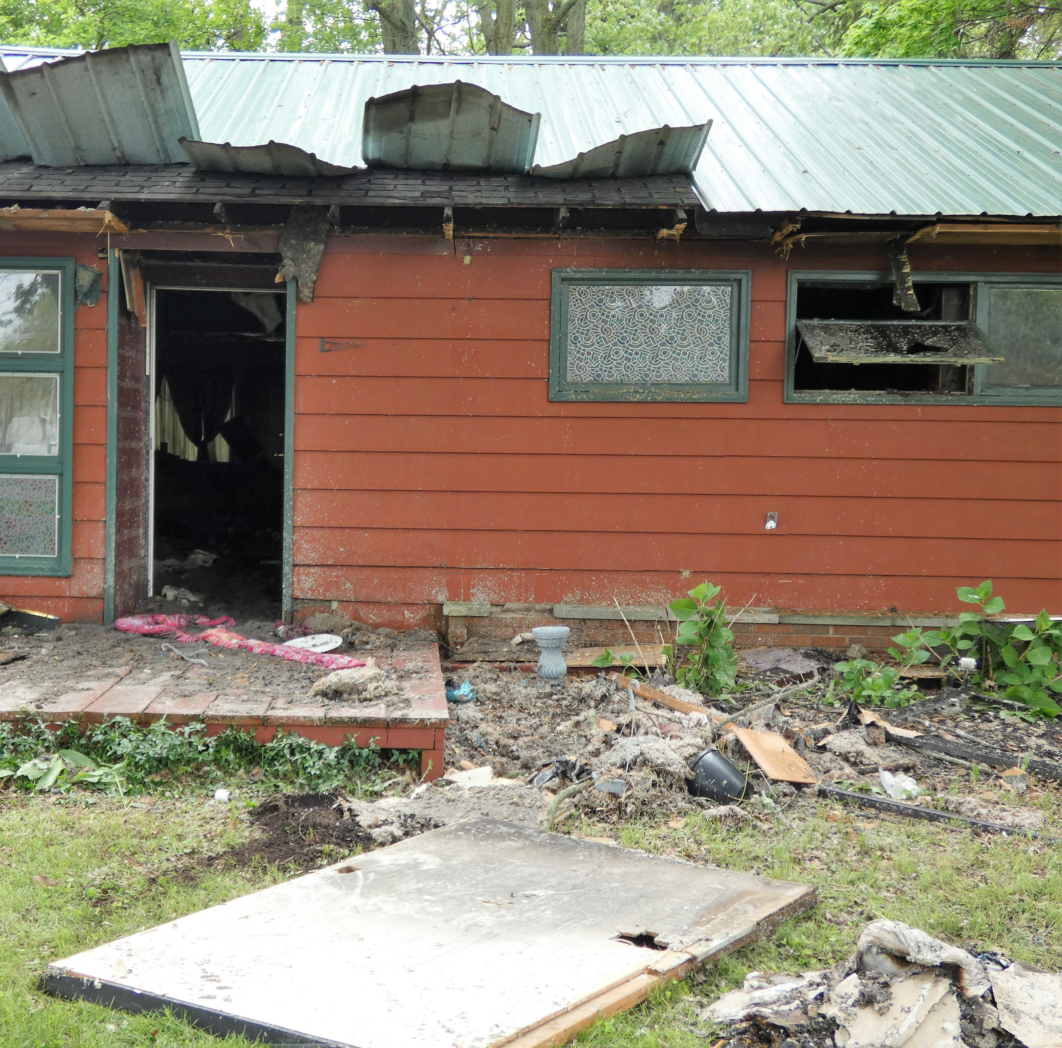 Arson suspected in Forest Lawn blaze in Marion