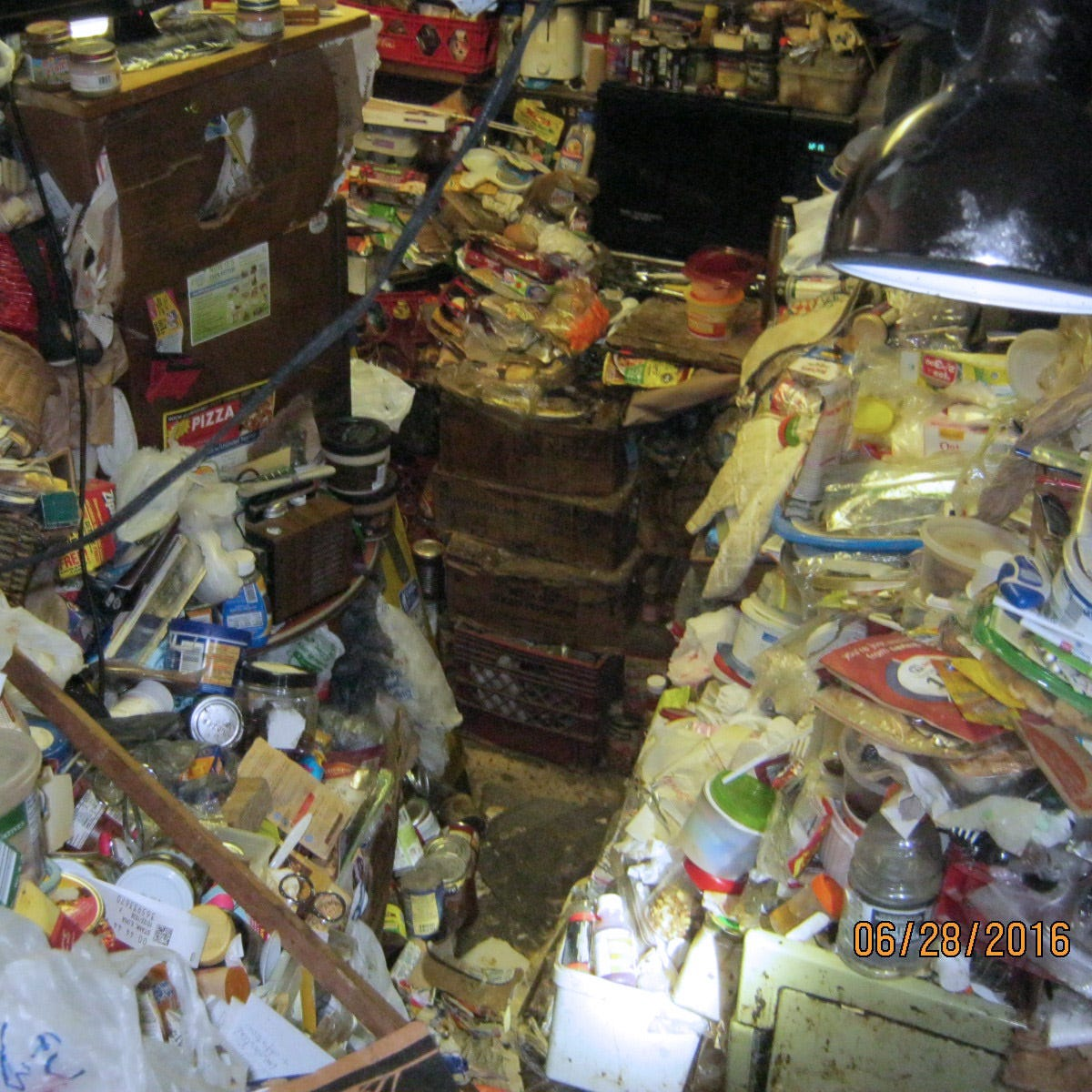 Stingl: Couple featured on TV's 'Hoarders' fight to save their home from city wrecking ball