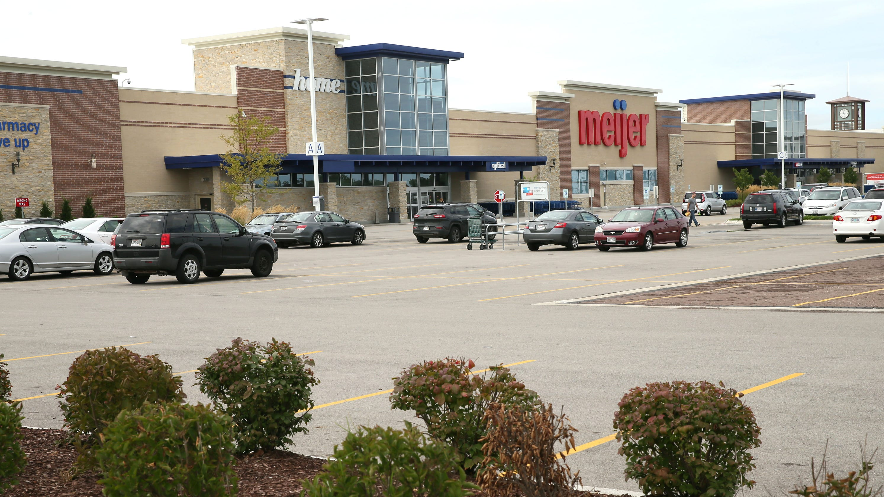 dc9b37f2 Oak Creek Meijer cashier stole nearly $8,000 through coupons: Police
