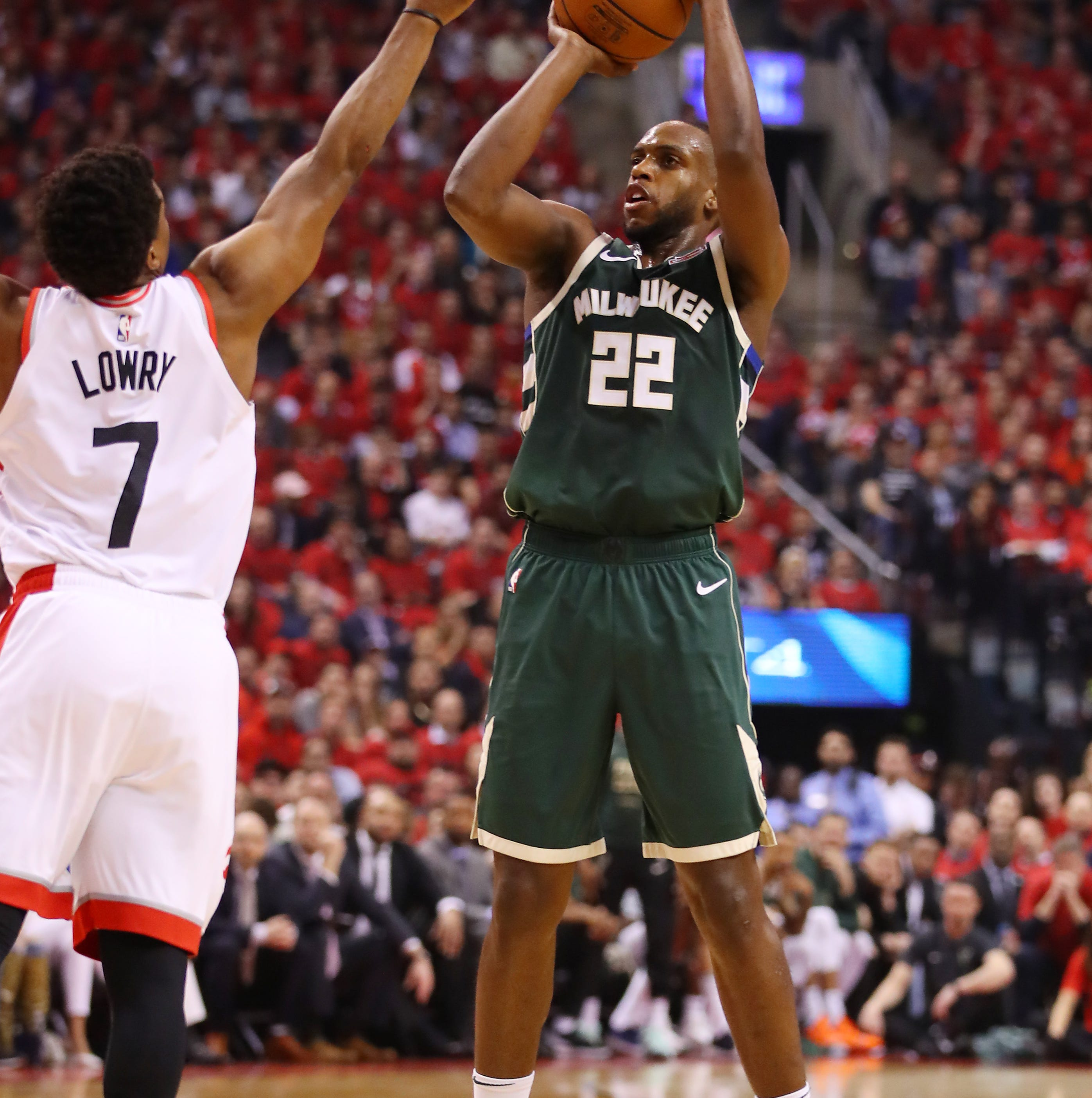Bucks' three-point shooting woes put let-it-fly philosophy to the test