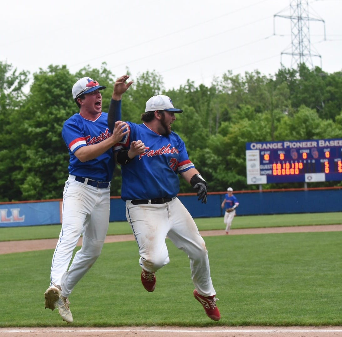 Licking Valley shuts out Hartley, wins district baseball title