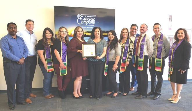 El Paso Electric received the Las Cruces Hispanic Chamber of Commerce Business Award.