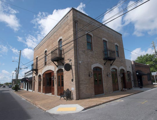 An exclusive, membership-based social club called the Establishment 1898 will open next month on Baylen Street in downtown Pensacola.