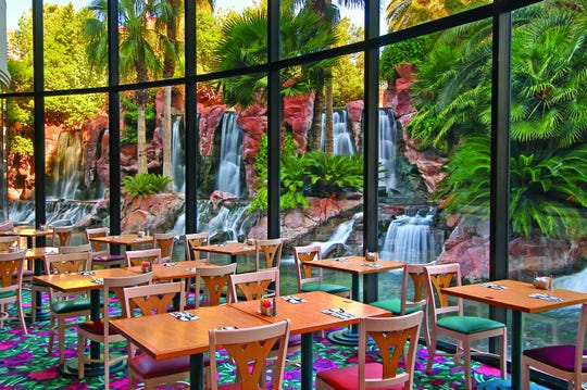 Pairing your buffet with the view from the Paradise Garden Buffet's dining room--where you'll spot flamingos, birds and ducks while you eat at the Flamingo Las Vegas