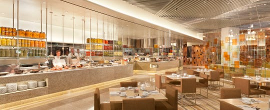 TheBacchanal Buffet at Caesars Palacehas15 daily chef's specials depending on season with favorites likeRed Velvet pancakes, truffle deviled eggs, lump crab avocado toast, Green applewood smoked wagyu